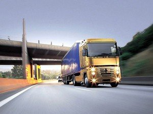 Доставка контейнеров автотранспортом